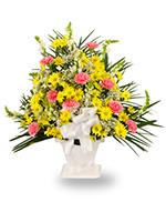 Traditional vase arrangement